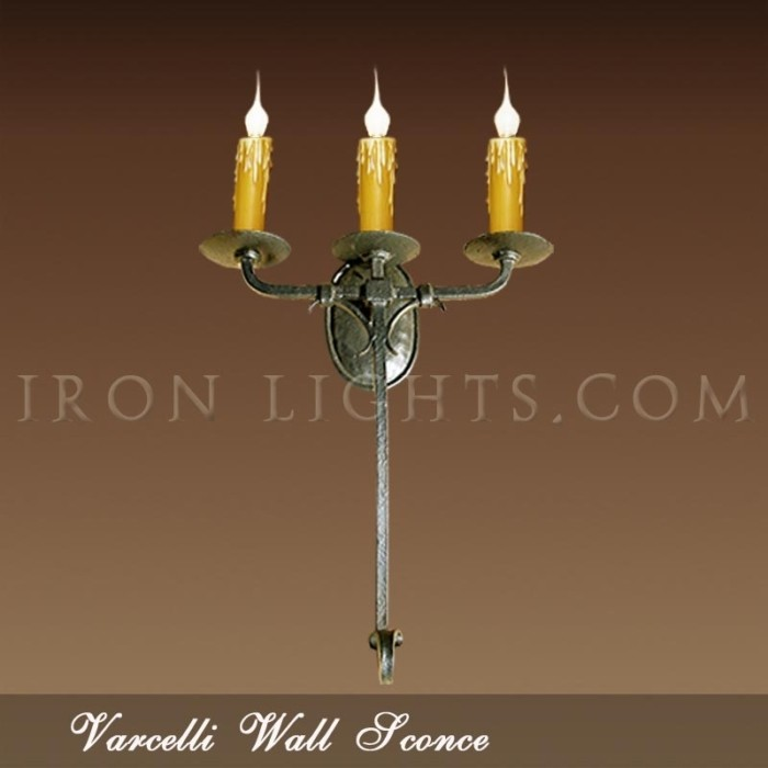 3-lights Varcelli wall sconce