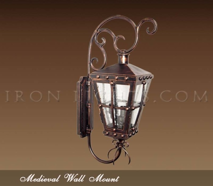 Medieval wall mount